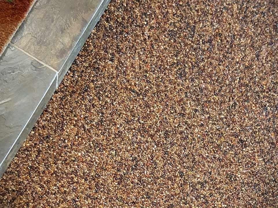 Jak zrobić kamienny dywan - proces wykonania krok po kroku
